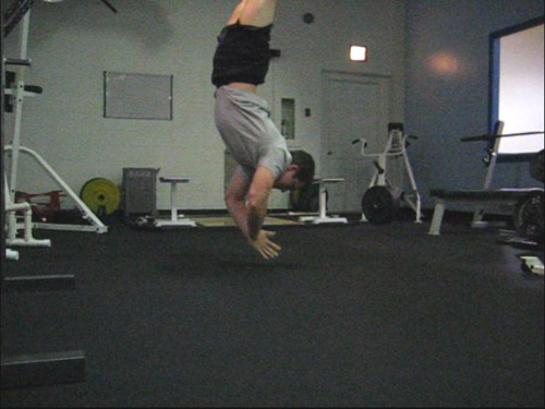 clapping handstand pushup 11