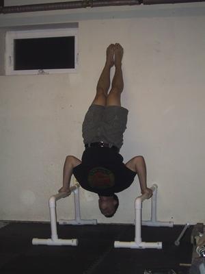handstand pushup 05