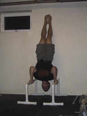 handstand pushup 06