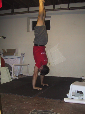 handstand pushup 02