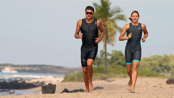 La moda di correre a piedi scalzi: falsa moda passeggera o modo brillante per essere sani?
