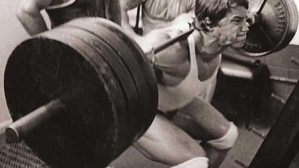 I Powerlifter dovrebbero allenarsi di più come dei Bodybuilder - seconda parte