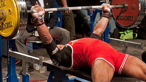 I Powerlifter dovrebbero allenarsi di più come dei Bodybuilder - prima parte